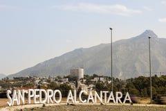 Cidade de San Pedro de Alcantara, a Andaluzia, Espanha Fotos de Stock Royalty Free