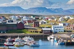 A cidade de Stykkisholmur, a parte ocidental de Islândia Imagens de Stock