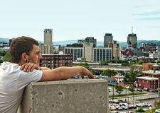Cidade de vista adolescente Fotos de Stock