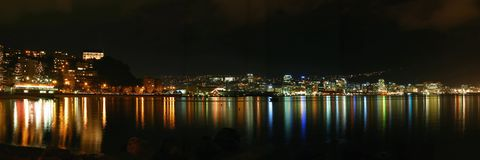 Cidade de Wellington por Noite - Nova Zelândia fotografia de stock royalty free