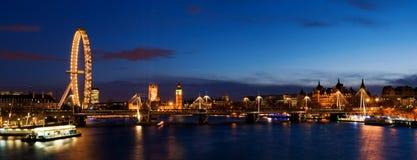 Cidade de Westminster no crepúsculo. fotografia de stock