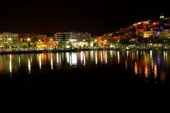 Cidade do beira-mar da noite fotos de stock