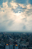 Cidade do céu e das construções agradável fotos de stock royalty free