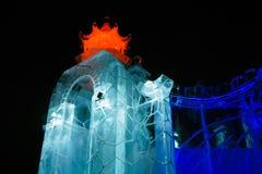 Cidade do gelo de ano novo na noite imagem de stock royalty free