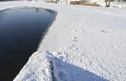 Cidade do lago winter Imagem de Stock Royalty Free