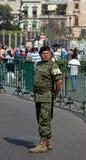 Cidade do México, México - 24 de novembro de 2015: Protetor mexicano do exército no quadrado de Zocalo, Cidade do México Fotografia de Stock Royalty Free