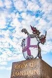 Cidade do monumento e do dragão de Londres Imagens de Stock