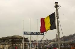 A cidade do navio de carga geral Riga de Cork Ireland The registrado em Malta está pronta para navegar descarregando sua carga em imagem de stock