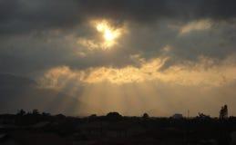 Cidade do peruibe do por do sol imagem de stock