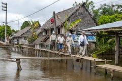 A cidade do Rio Amazonas de Indiana no Peru Fotos de Stock