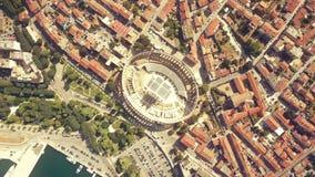 Cidade dos Pula e arena romana antiga famosa na Croácia video estoque