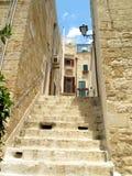 Cidade e escadas velhas Imagem de Stock Royalty Free