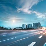 Cidade e estrada Imagem de Stock Royalty Free