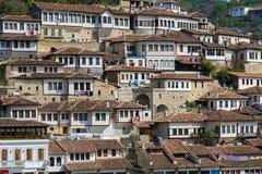 Cidade em Albânia fotografia de stock royalty free