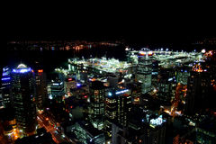 Cidade em a noite Imagem de Stock