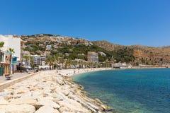 Cidade espanhola bonita da Espanha do vea do ¡ de JÃ com a praia de Platja de la Grava situada ao sudeste de Denia Fotografia de Stock Royalty Free
