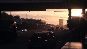 A cidade está no alvorecer vídeos de arquivo