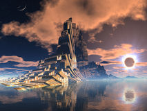 Cidade estrangeira futurista no eclipse lunar Imagem de Stock Royalty Free