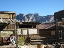 Cidade fantasma da mina da jazida de ouro, o Arizona fotos de stock