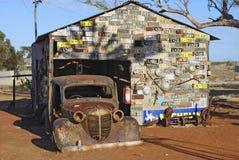 Cidade fantasma de Gwalia da casa da placa de licença, interior Austrália imagem de stock royalty free