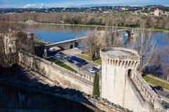 A cidade fortificada de Avignon França fotografia de stock