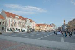 Cidade Hall Square na parte histórica da cidade velha de Vilnus Foto de Stock Royalty Free