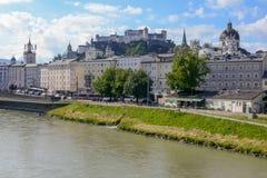 A cidade histórica de Salzburg, Áustria fotografia de stock
