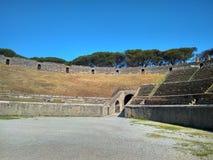 A cidade italiana antiga de Pompeii destruiu por um vulcão imagem de stock royalty free