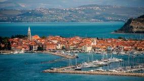 Cidade Izola, Eslovênia imagem de stock royalty free