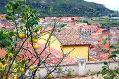 Cidade medieval de Bosa, Sardinia, Itália Foto de Stock Royalty Free