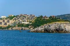 Cidade na borda do mar Imagem de Stock