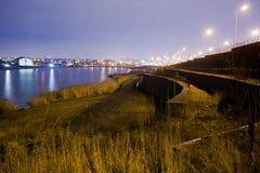 Cidade na noite Imagem de Stock Royalty Free
