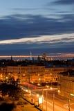 Cidade no crepúsculo Imagens de Stock