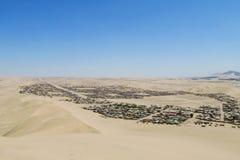 Cidade no deserto Fotos de Stock