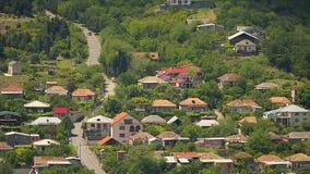 Cidade no vale, Cáucaso bonito, lugar do turista de Mtskheta, Tbilisi, Geórgia filme