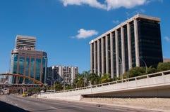 Cidade nowa okręg w Rio De Janeiro z urzędu miasta budynkiem obraz stock