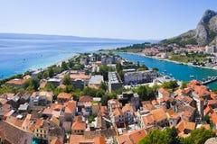 Cidade Omis em Croatia fotografia de stock
