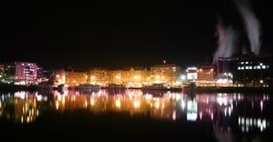 Cidade pela água Fotografia de Stock Royalty Free