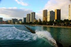 Cidade pela costa Fotografia de Stock