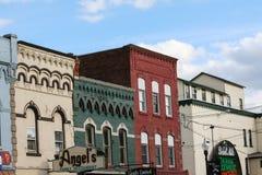 Cidade pequena, arquitetura do século XIX imagens de stock royalty free