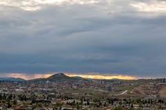 Cidade pequena no por do sol Fotos de Stock Royalty Free