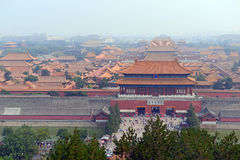 A Cidade Proibida atrás da Praça de Tiananmen no capital, Pequim, China fotos de stock royalty free