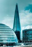 Cidade salão e o estilhaço na prata Foto de Stock Royalty Free