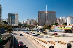 Cidade Sao Paulo da avenida do tráfego Fotos de Stock