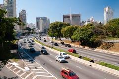 Cidade Sao Paulo da avenida do tráfego Fotografia de Stock Royalty Free