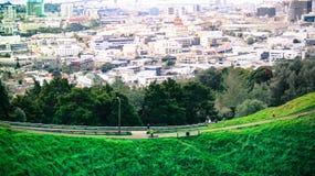 Cidade sobre a montanha Fotografia de Stock Royalty Free