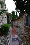 Cidade velha após a chuva com casas velhas imagem de stock royalty free