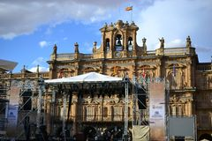 Cidade velha bonita de Salamanca, Espanha, prefeito da catedral e da plaza e universidade de Universidad, arquitetura espanhola fotos de stock