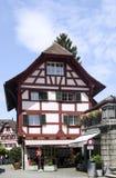 Cidade velha das casas de moldação da madeira do vintage da lucerna switzerland Imagem de Stock Royalty Free
