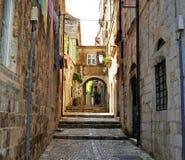 A cidade velha de Dubrovnik vazia imagem de stock
